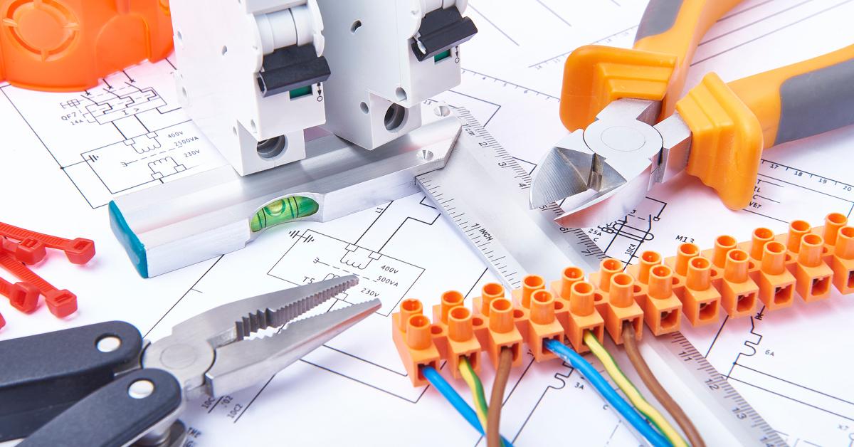 Instalações elétricas e eficiência energética: dicas para sua empresa economizar energia